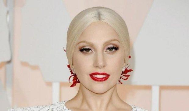 Как Леди Гага забыла надеть белье на вечеринку (фото 18+)