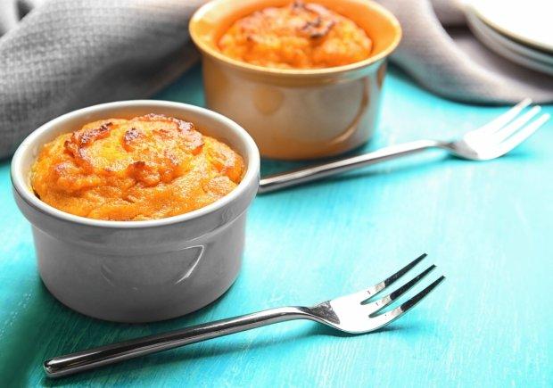 Рецепт корисного десерту: солодке морквяне суфле