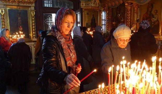 Поминальні дні в Україні: дата, історія, прикмети і що не можна нести на кладовище