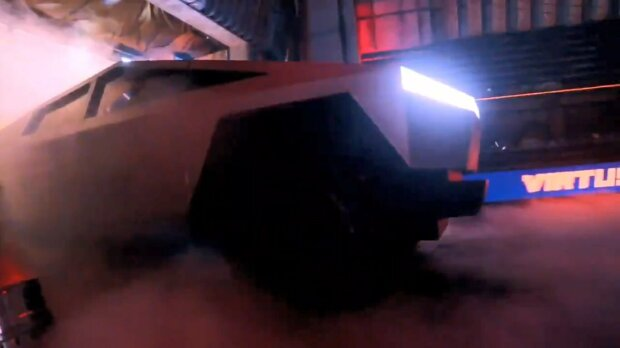 Пикап Tesla Cybertruck скриншот с видео