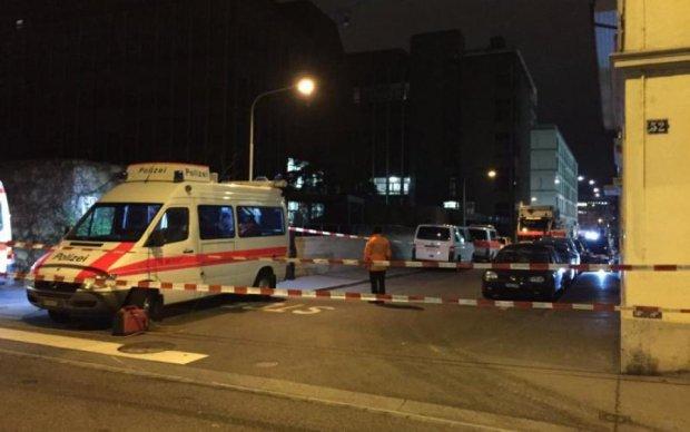 Неизвестные открыли стрельбу в центре столицы: есть пострадавшие