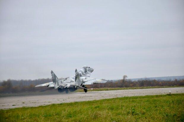 Літак, фото: Facebook повітряне командування Захід