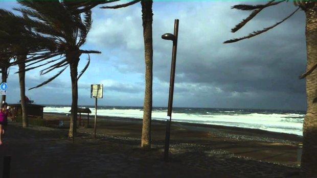 Пекельний шторм на Канарах: оскаженіла стихія поховала людей разом із будинком