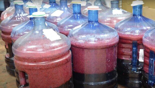 домашнє вино, скріншот з відео