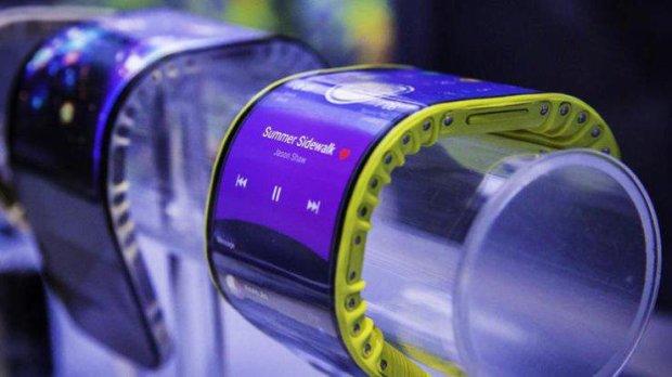 LG врывается на рынок гибких смартфонов: фото первого девайса