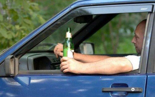 Пияцтву за кермом оголосять війну: до чого готуватися українцям