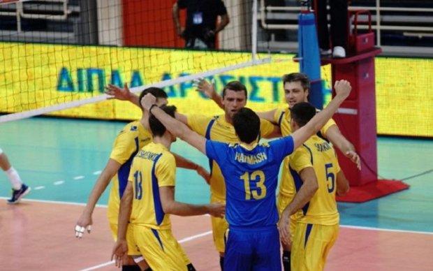 Сборная Украины по волейболу победила Беларусь