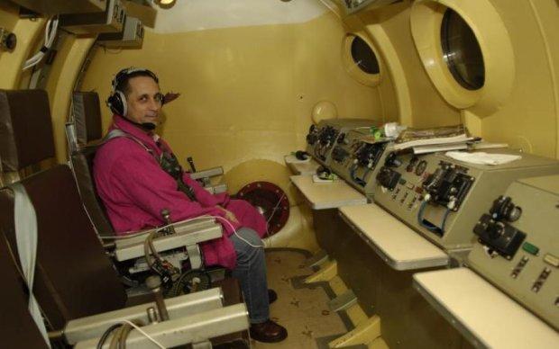 Юра, пробач: легендарний апарат Гагаріна свиснули на очах у Путіна