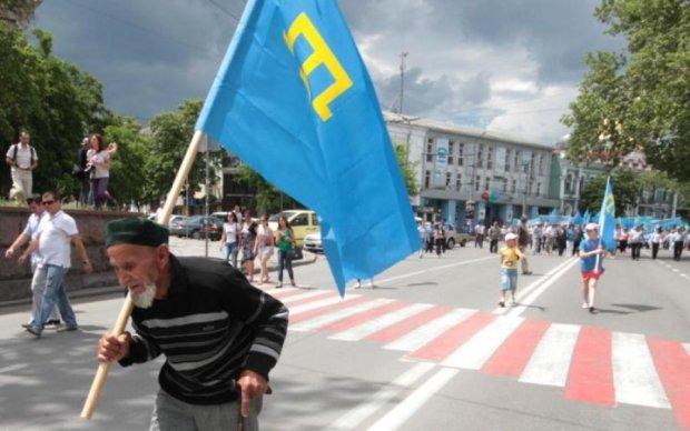 Крымский татарин поплатился за национальный флаг