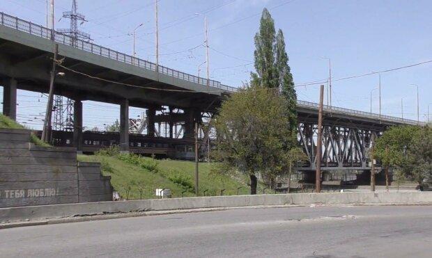 Старий міст / скріншот з відео