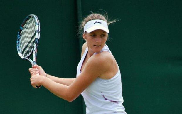 Звезда тенниса вставила палец в запрещенное место