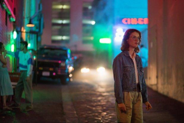 """У мережі з'явився перший трейлер нового """"Чорного дзеркала"""": фанатам обіцяють Майлі Сайрус і зірку Marvel"""