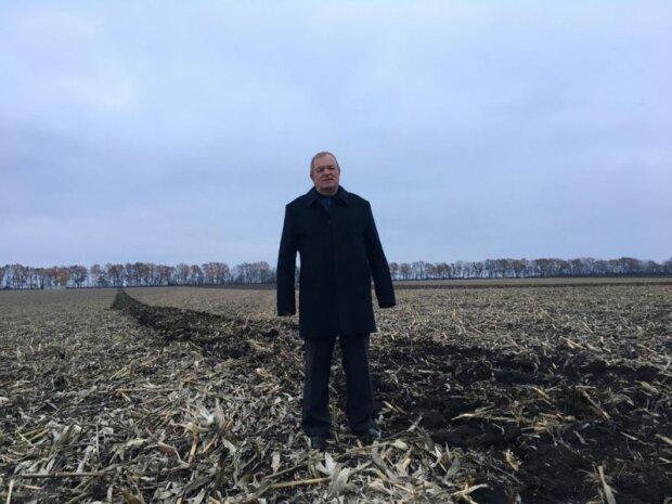 Павел Троян имеет мелкое фермерское хозяйство, где работает вся семья.
