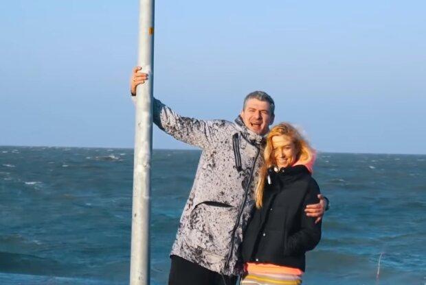 Арсен Мирзоян рискует не удержать Тоню Матвиенко - уже упал в ноги
