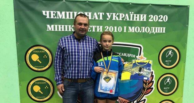 Десятилетняя львовянка взяла золото на чемпионате Украины по теннису - вот как нужно гонять мячик