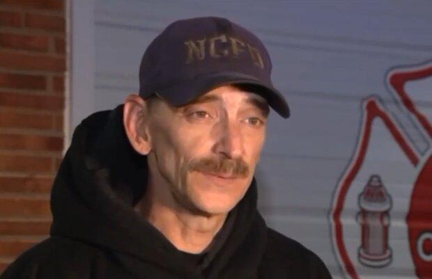 Пожарный из США, скриншот: YouTube