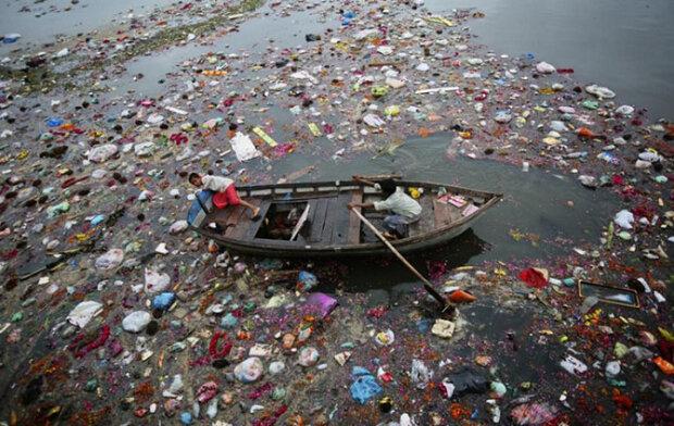Забруднені річки, фото: youtube