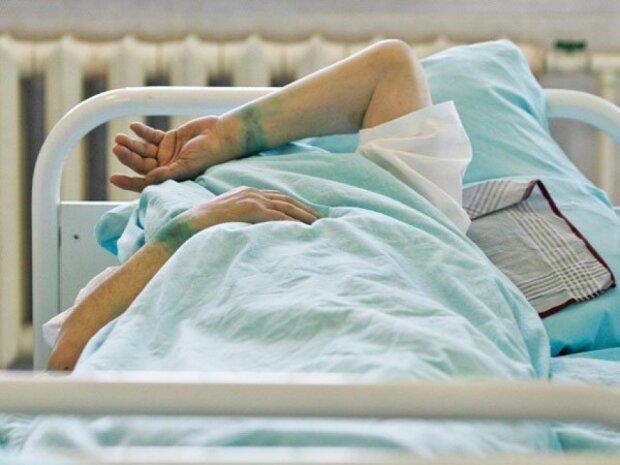 Три дня бил и насиловал: под Киевом женщина с инвалидностью стала пленницей извращенца