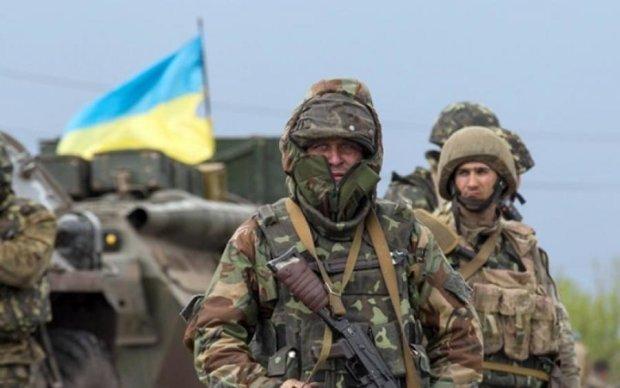 Місяць погрожували: на відомого волонтера напали в центрі Києва