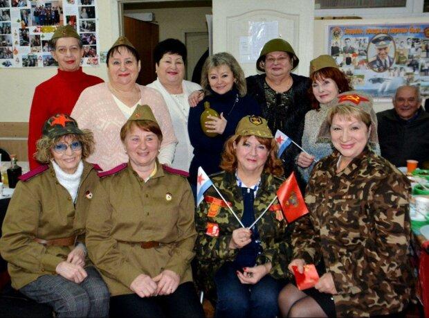 Коммунизм в Запорожье затмил китайский коронавирус, призраки прошлого устроили советскую вечеринку