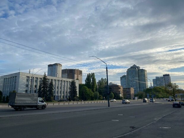 Кличко призвал киевлян сидеть на карантине, пока сам гуляет по ресторанах