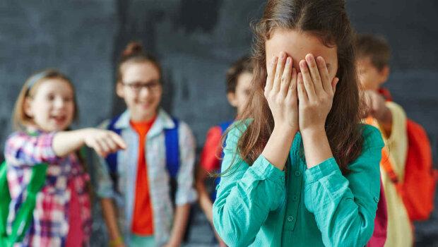 """""""Весь класс меня использует"""": чего не знают психологи и родители о жестоком буллинге в школах"""
