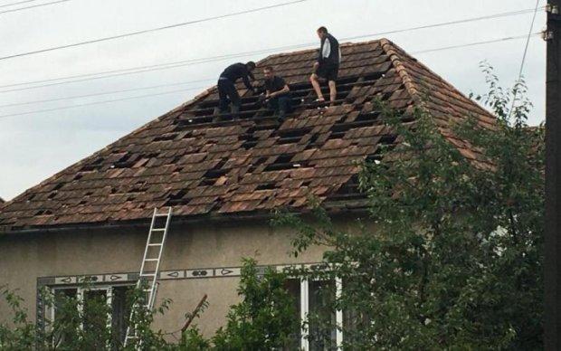Град, как кулак: жуткая стихия отняла сон и покой украинцев