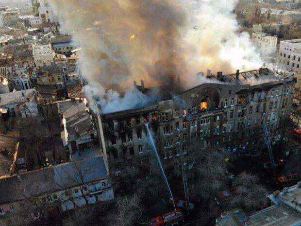 """Студентка сгоревшего Одесского колледжа поделилась подробностями трагедии: """"Очень больно и ужасно"""""""