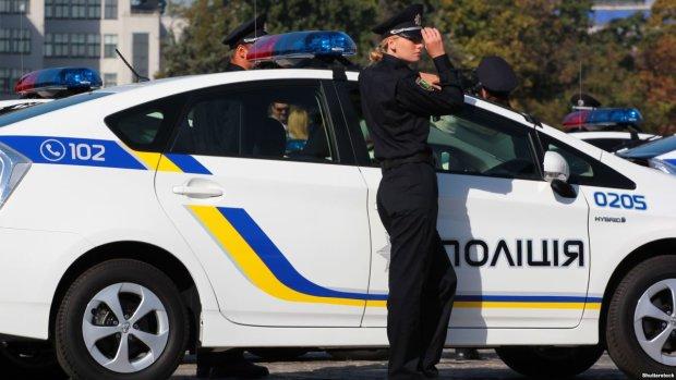 Моторошна НП у Києві: бетонний монстр звалився просто на голови людей, усе сталося за секунди