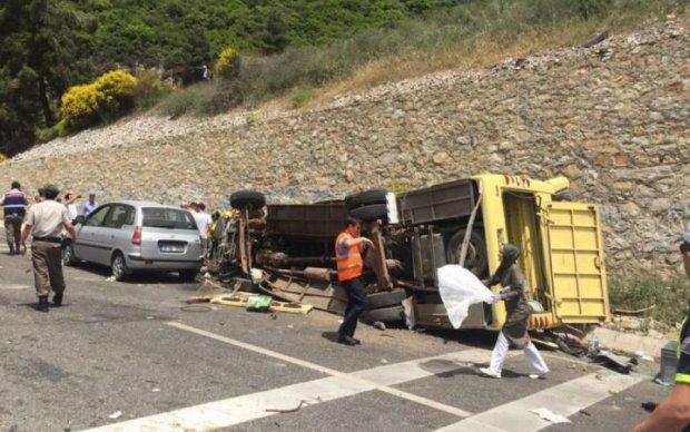 Автобус с украинцами разбился в Европе, пострадали дети