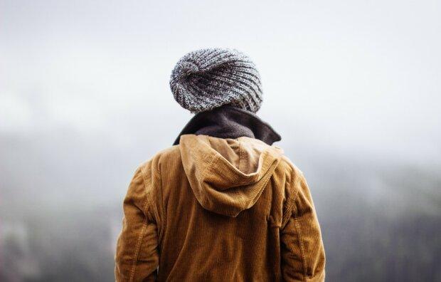 Погода на 24 ноября: осень постепенно прощается с Украиной, пора доставать зимние куртки и шапки