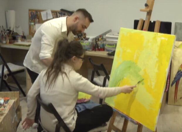 художниця зі Львова, скріншот з відео