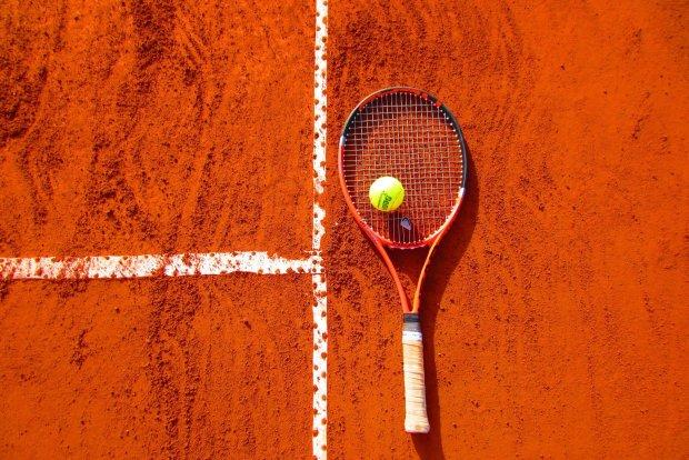 Легенду тенниса не пустили в раздевалку без бейджика. Судя по всему, охранник просто его не узнал