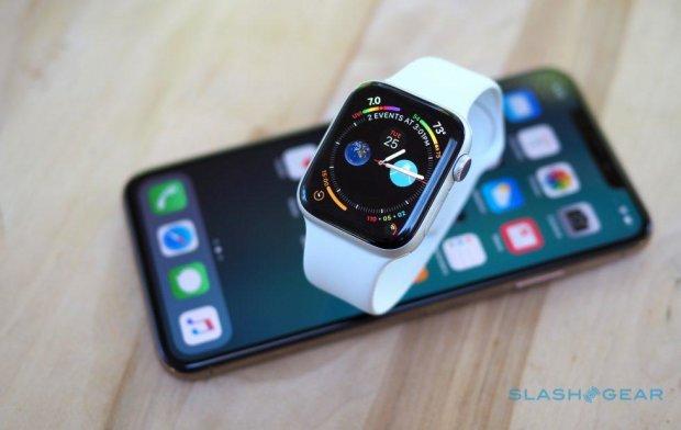 Apple Watch 4 змусили Кука шукати нових співробітників