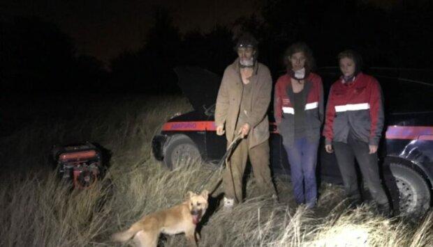 В Запорожье достали из шахты собаку - прожила во тьме пять месяцев