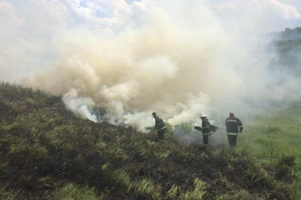 Харьковщина в огне: десятки пожаров за сутки спасатели сбились с ног