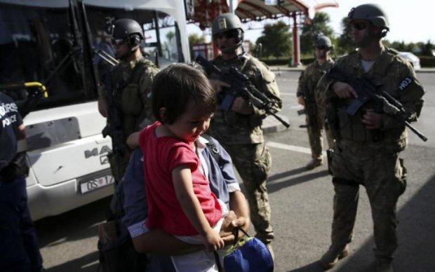 """Угорщина вирішила боротися із """"чужинцями"""" суворими методами"""