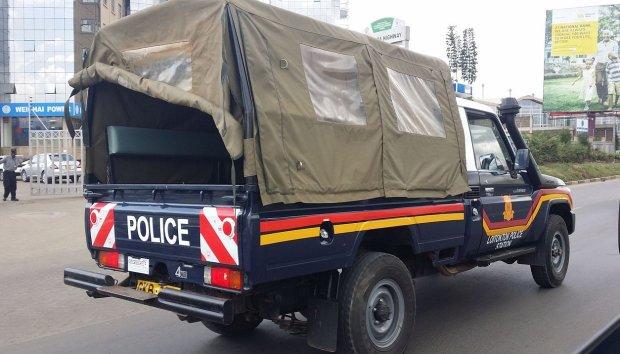 Терористи підірвали поліцейських прямо на вулиці: вижив лише один, більше десятка убитих