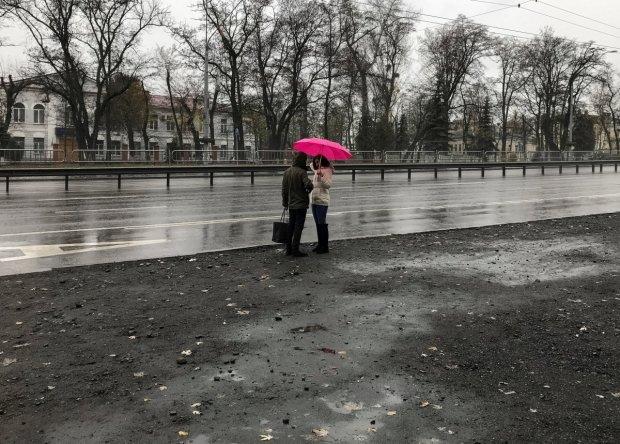 Погода на 26 февраля: укутывайтесь и берите зонт, вторник никого не пожалеет