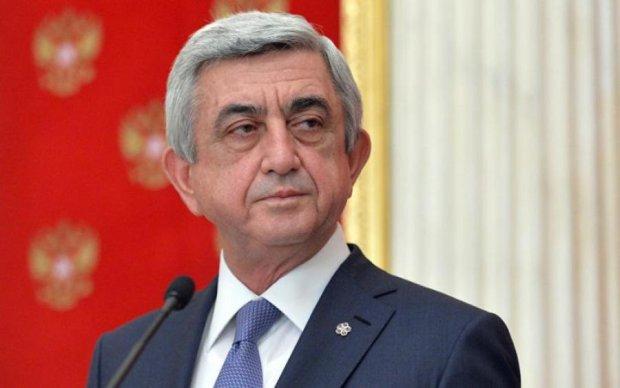 Армянский Янукович рассказал, когда подаст в отставку