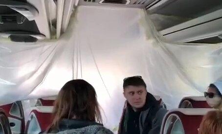 евакуйовані українці, скріншот із відео
