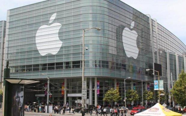 Вартість компанії Apple побила історичний рекорд