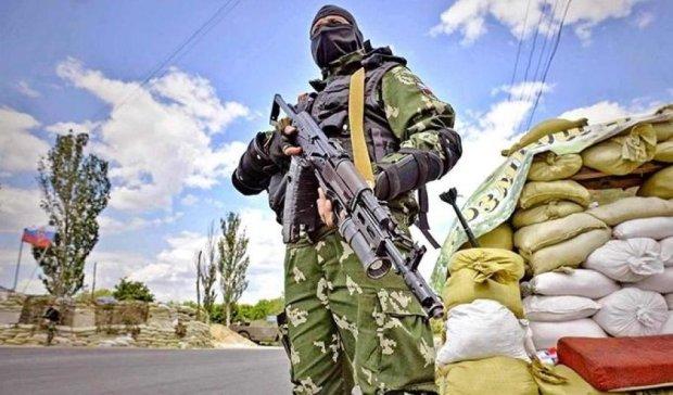 Про мир на Донбасі говорити зарано