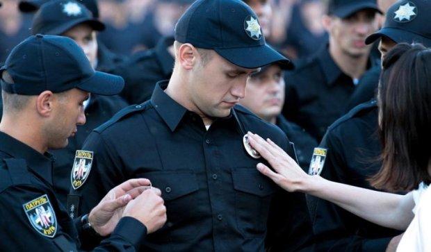 Українських копів одягнуть за рахунок іноземців