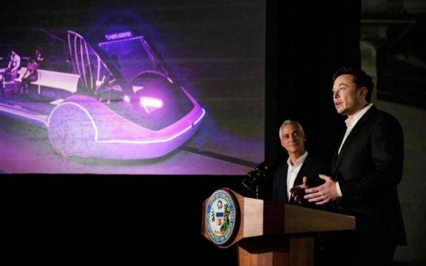Ілон Маск загнав Tesla Model X в тунель для шатлів
