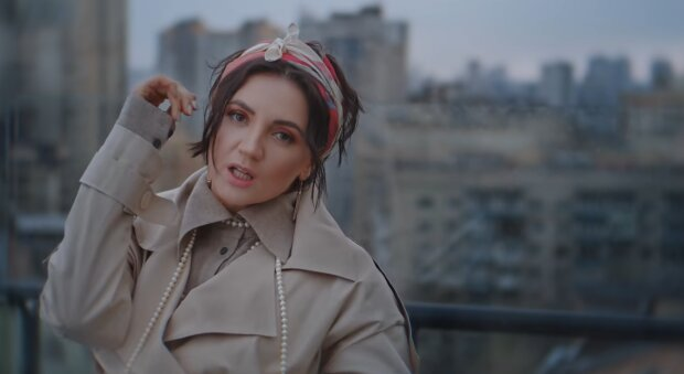 Оля Цибульська, скріншот із відео