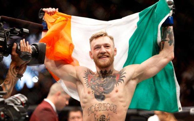 Президент UFC погодив контракт Макгрегора на бій з Мейвезером