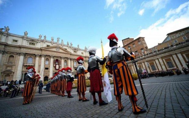 Главное за ночь: сокрушительные санкции и новое учение Ватикана