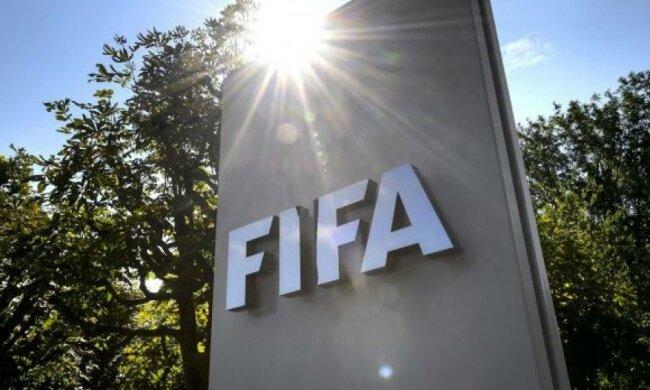 Спонсоры ФИФА требуют отставки Блаттера