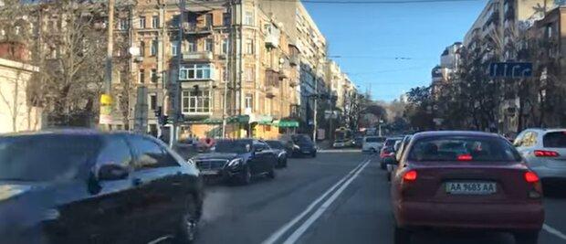 Колонна Мерседесов без велосипедов: пафосный кортеж разозлил киевлян, неужели Зеленский